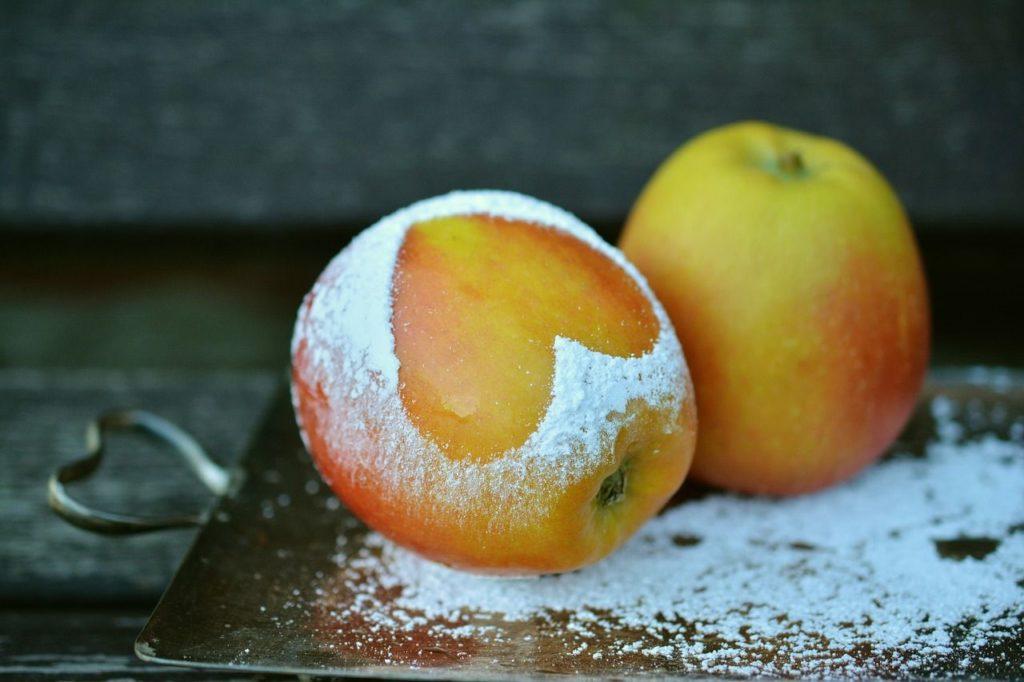 apple-1940815_1280