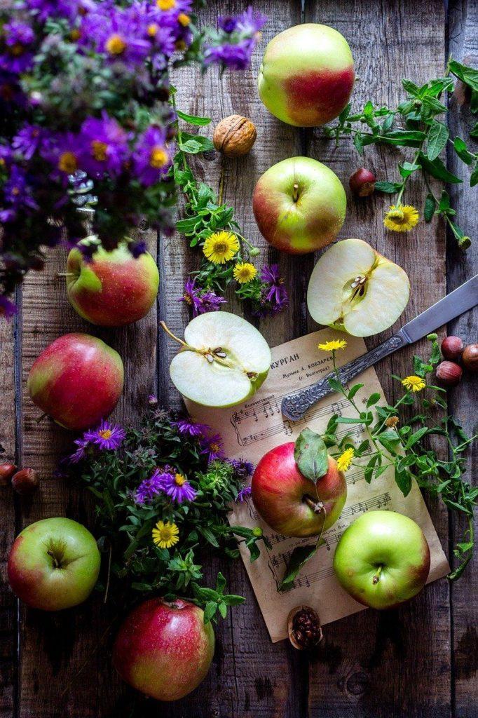 apples-2023400_1280